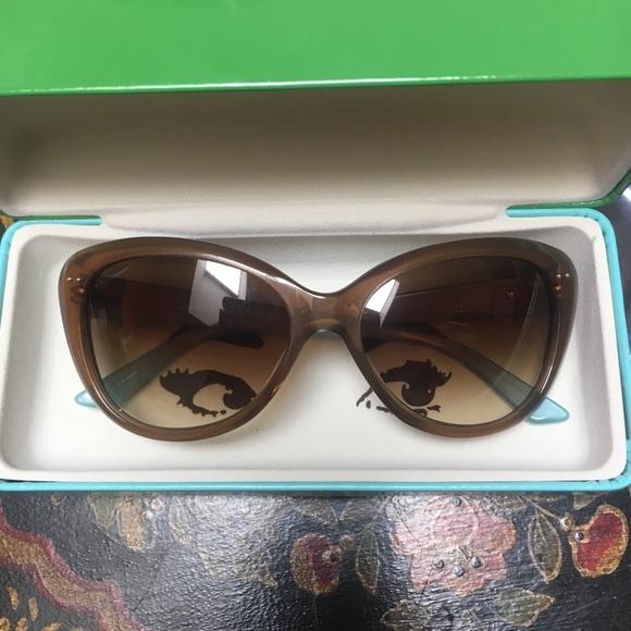 0e3be57119ea kate spade Accessories - Kate Spade Angelique Cat eye Sunglasses